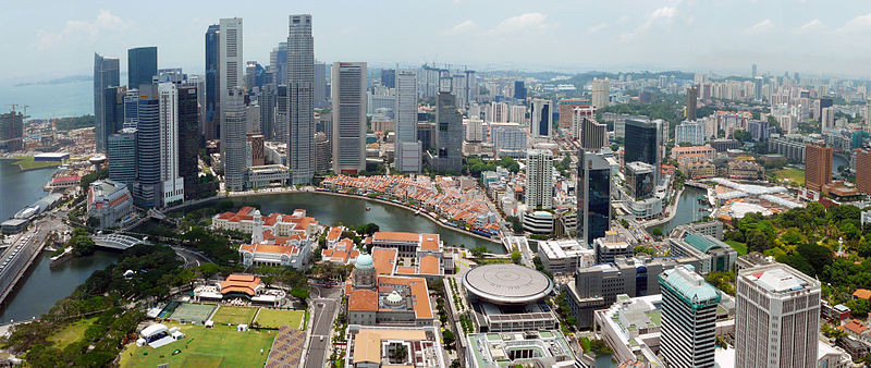 800px-1_Singapore_city_skyline_2010_day_panorama