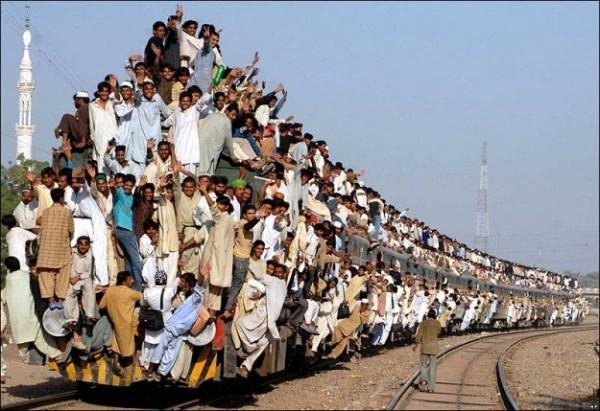 India-train-e1360769912771