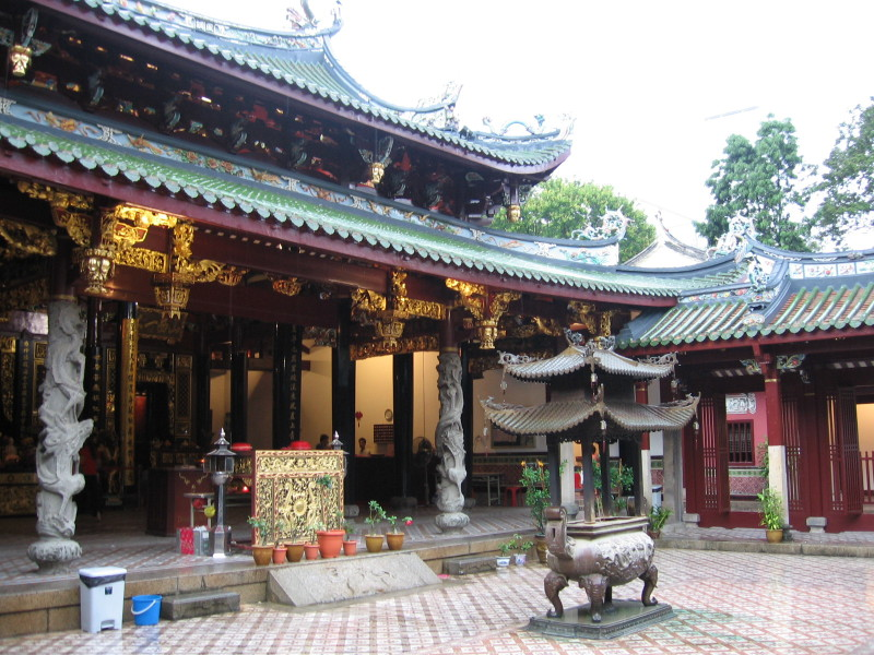 Thian_Hock_Keng_Temple_14,_Dec_05